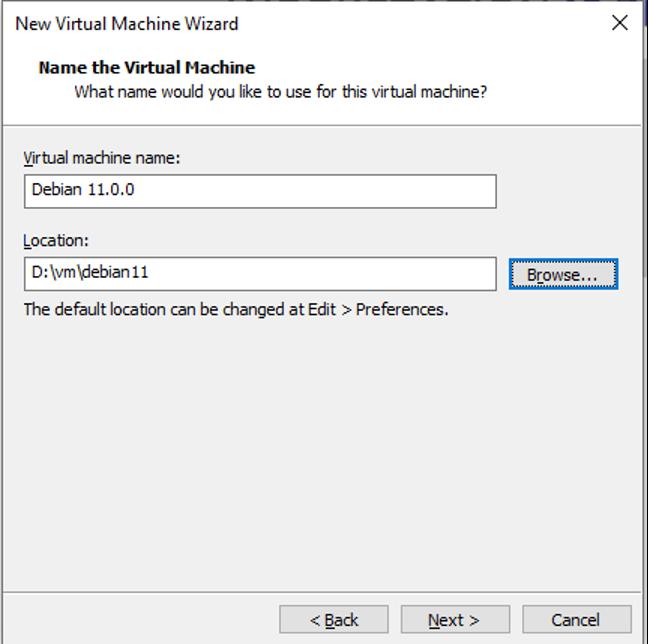 Hình 5: Chọn tên và nơi lưu trữ máy ảo